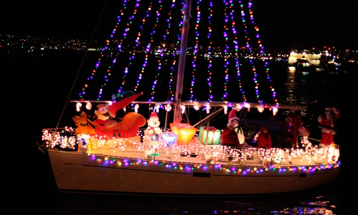 San Diego Bay Parade Of Lights Fascinating Parade Of Lights Maritime Museum Of San Diego